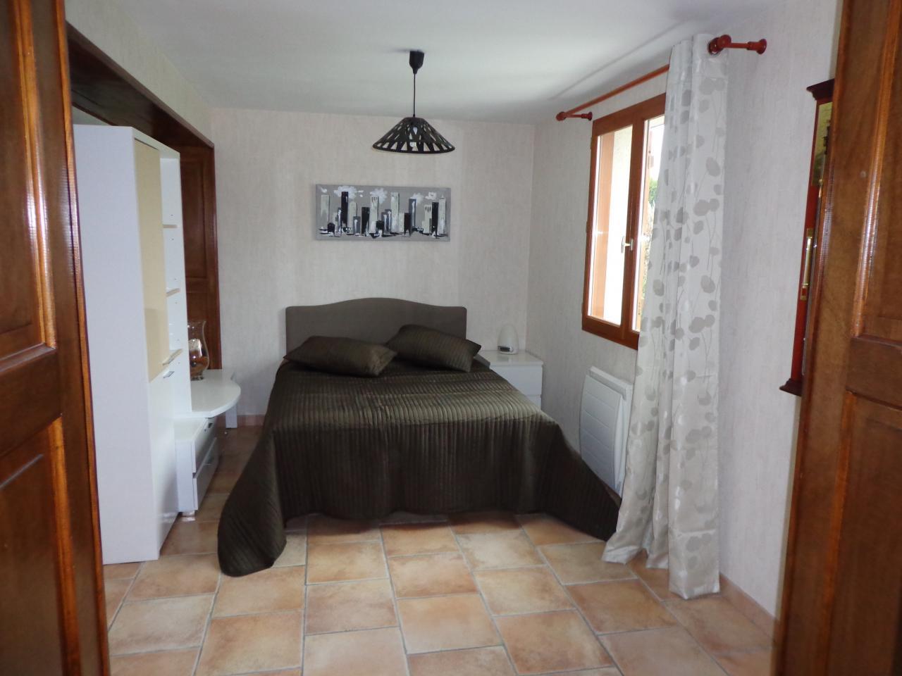 Chambre n° 4 (RDC)